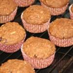 Snabba filmjölksmuffins – lättbakat bröd till frukost och utflykt