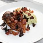Middagstips – kyckling, grönsaksmos och bacon/svamp-strössel