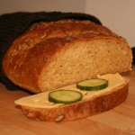 Saftig limpa med morot, graham och havre – härligt matbröd!