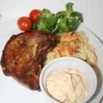 Krämig vitkålsgratäng med chili-sting och krispigt osttäcke