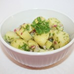 Fransk potatissallad med kapris, rödlök och dijonsenap – en sommarfavorit!