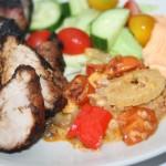 Pesto-och chiligratäng med blandade grönsaker