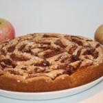 Ljuvlig mjuk äppelkaka med söta höstäpplen!