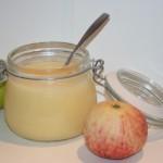 Sötsyrlig äppelcurd till smörgås, tårtor eller bakverk!