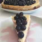 Bakad vaniljcheesecake med marinerade blåbär